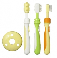 Training Toothbrush Set